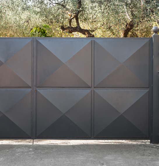 Installation de portail métallique près de grenoble